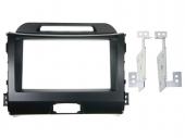 Kia Sportage III (SL) 2010.08-> dupla DIN rádió beépítő keret fekete 381178-28-1